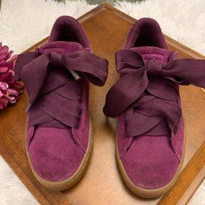 Girls purple suede pumas